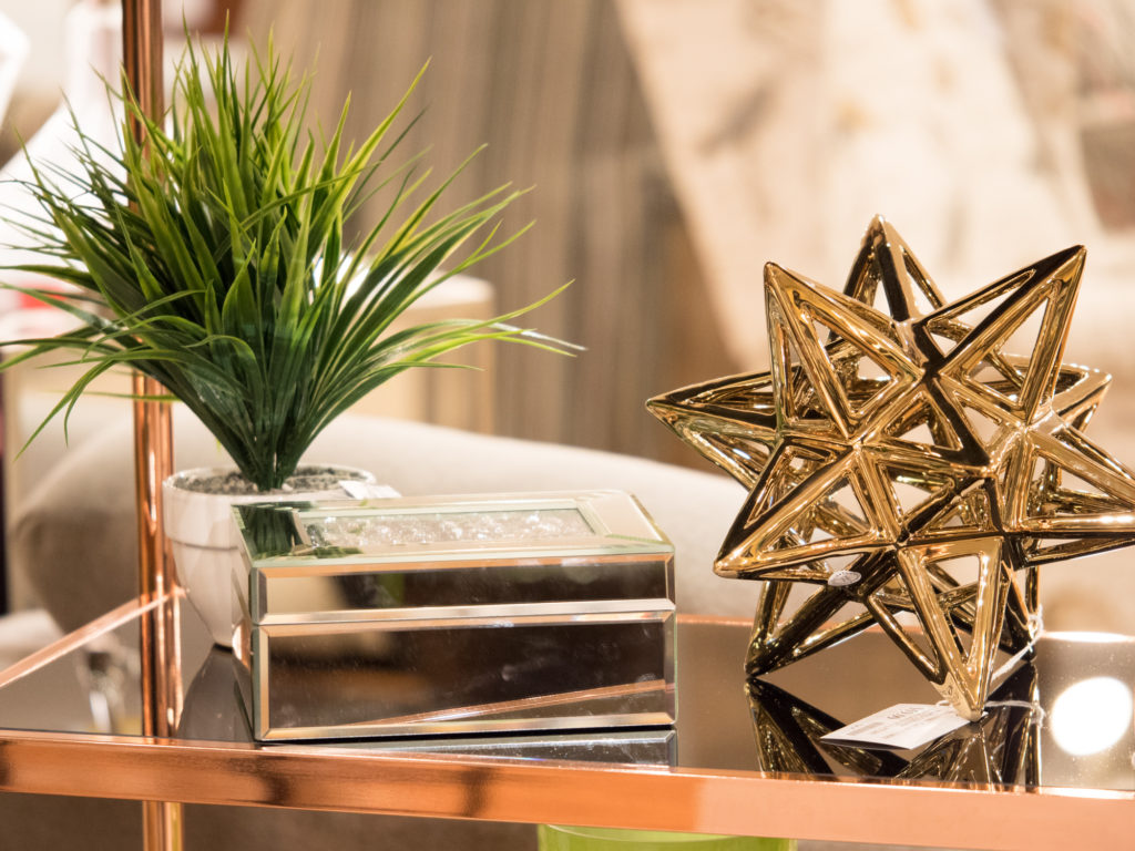 This beautiful gold star is one of my favourite decor pieces
